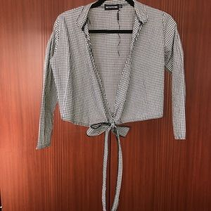 PrettyLittleThing Tops - NWOT PrettyLittleThing Gingham Crop Top